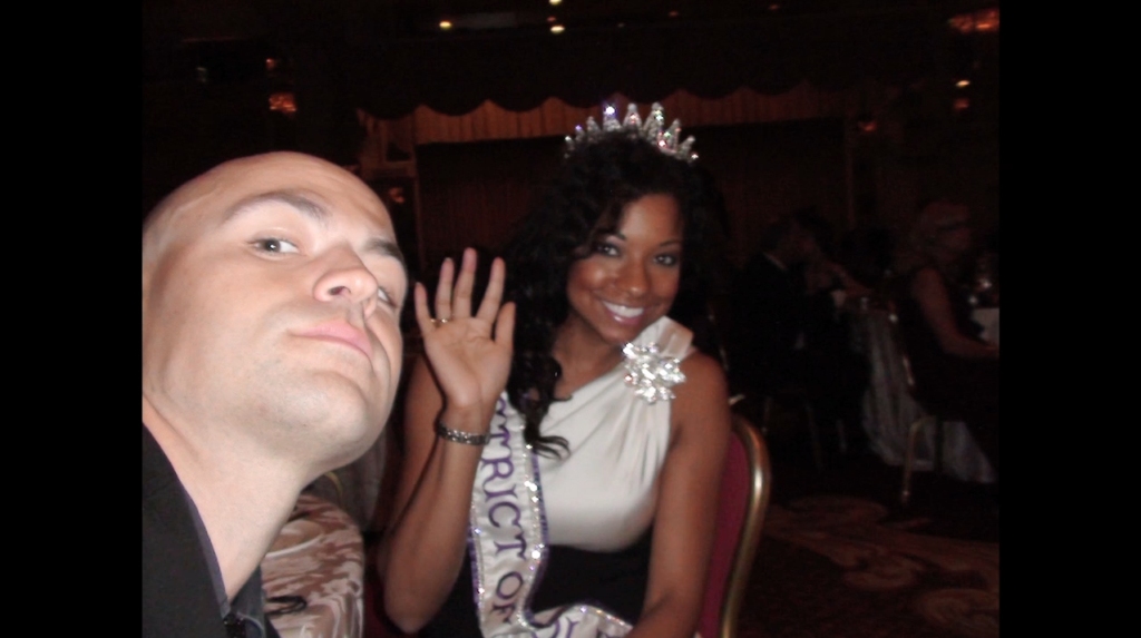 iCIzzle and Miss DC